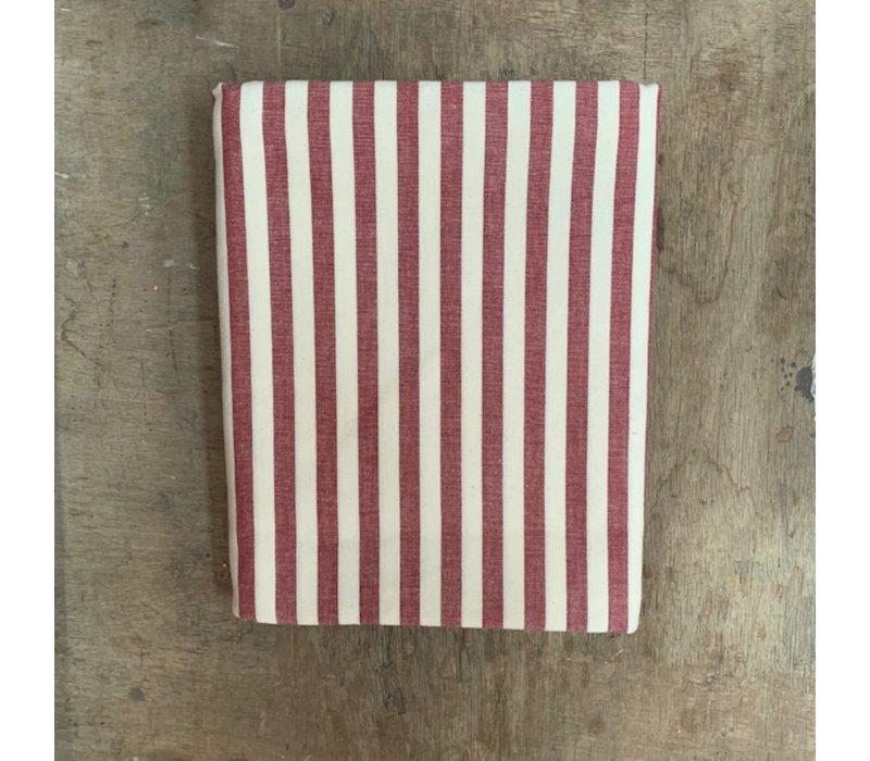 BF2056 Tablecloth 140x240 cm stripe red
