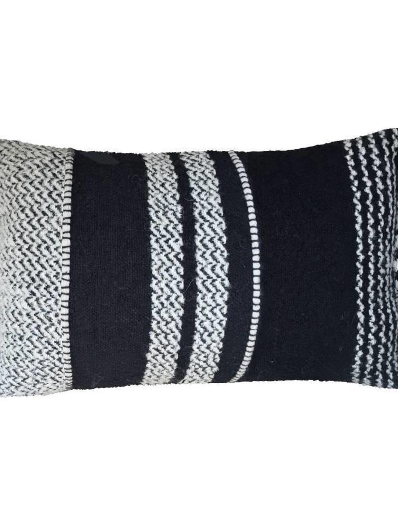 Berber basalt cushion