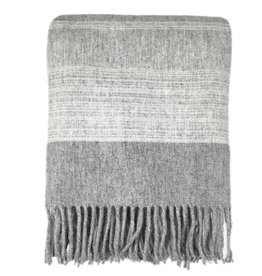 Morning grey wool throw