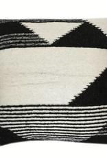 Nomad black cushion