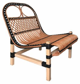 Rattan lounge chair black