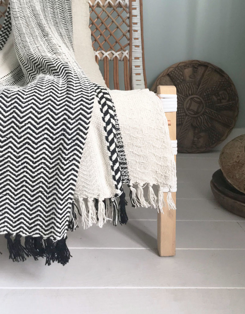 Cheyenne stripe offwhite throw
