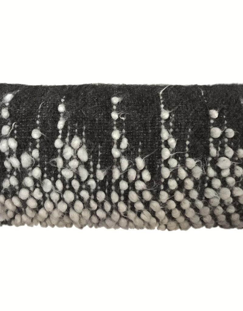 Drops rectangle cushion black 40x70