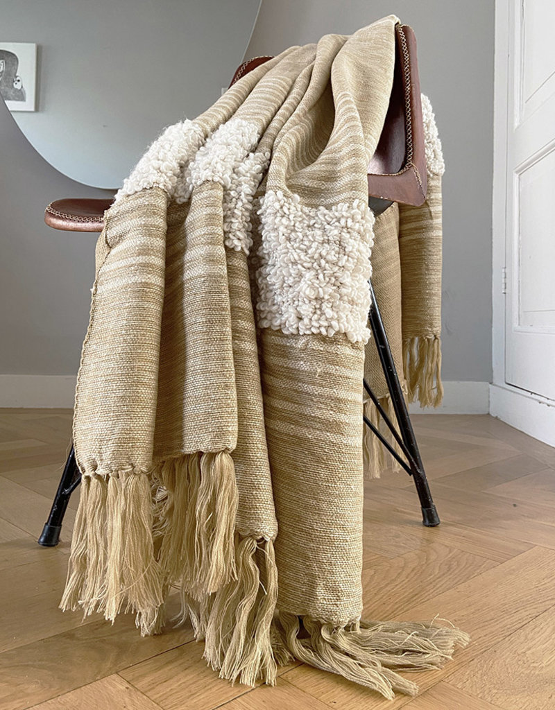 Tribal off white throw (NEW)