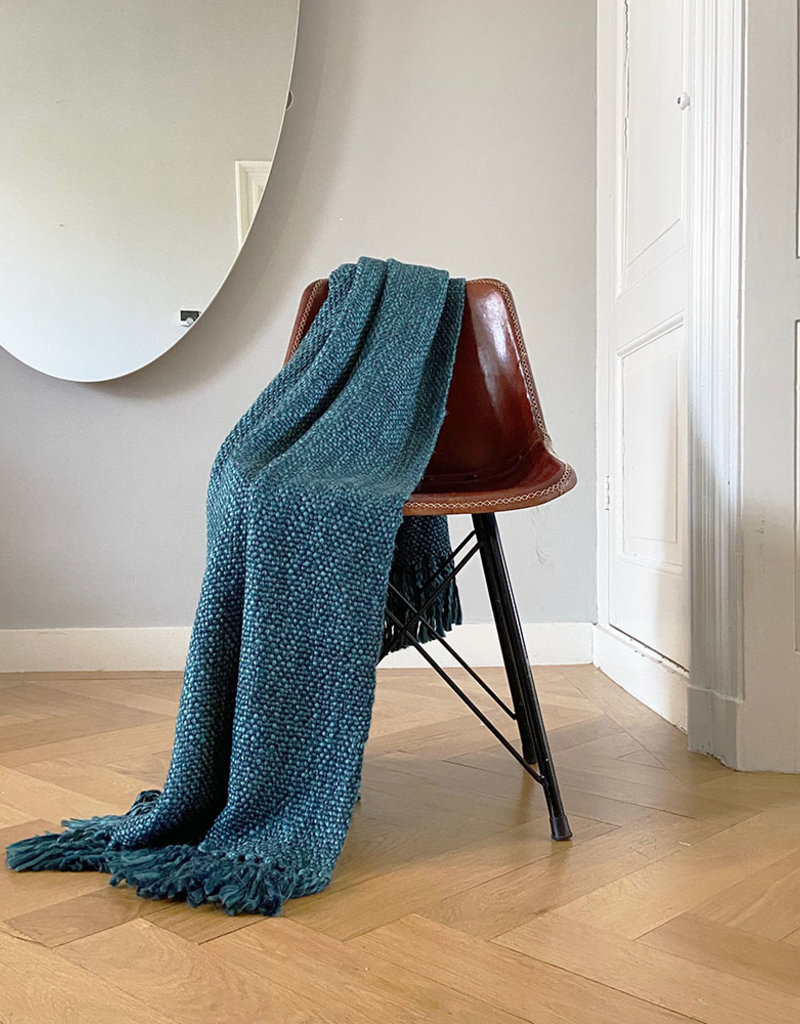 Marble dark blue throw