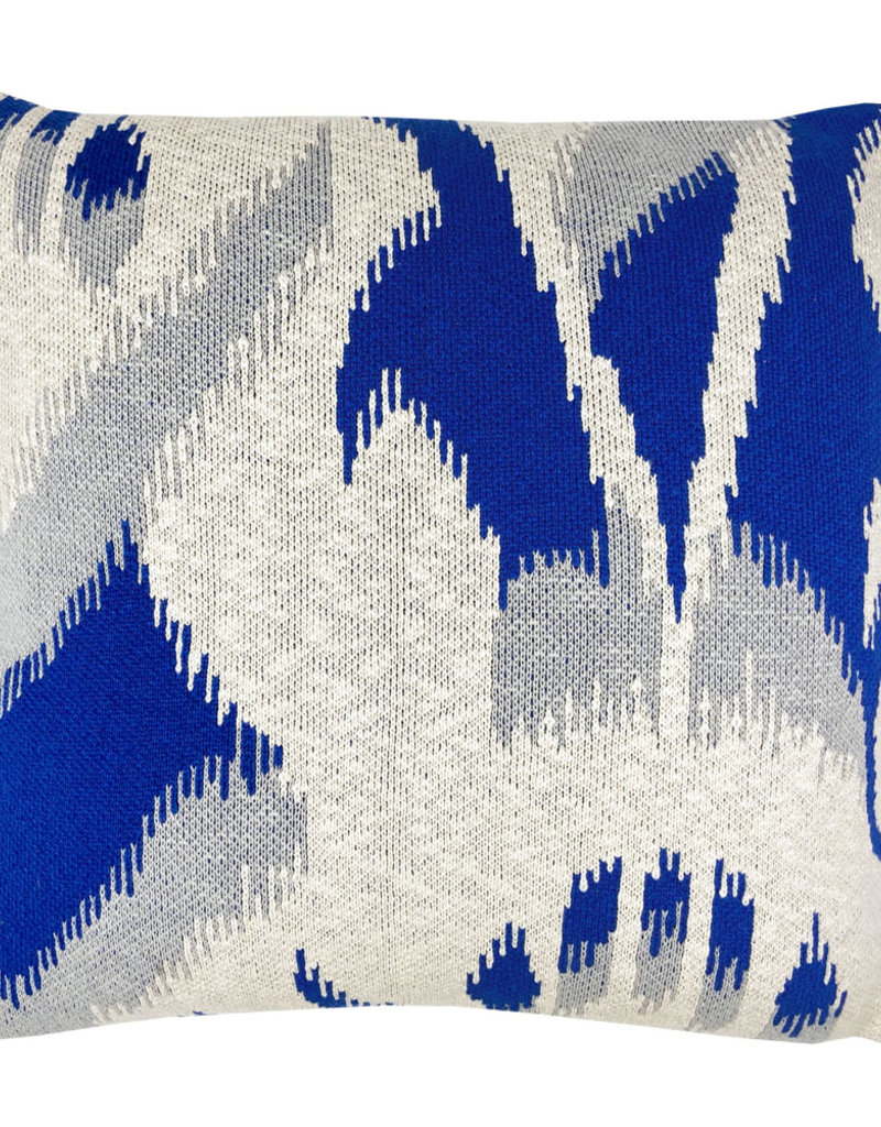 Ikat knitted cushion blue (NEW)