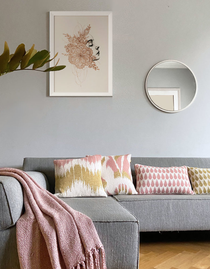 Botanic mini knitted cushion pink (NEW) (Oct 10)
