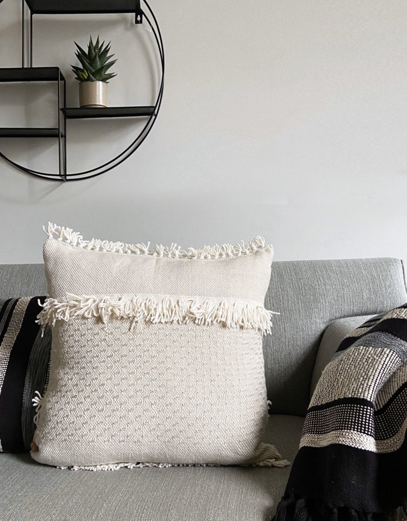 Offwhite fringe cushion