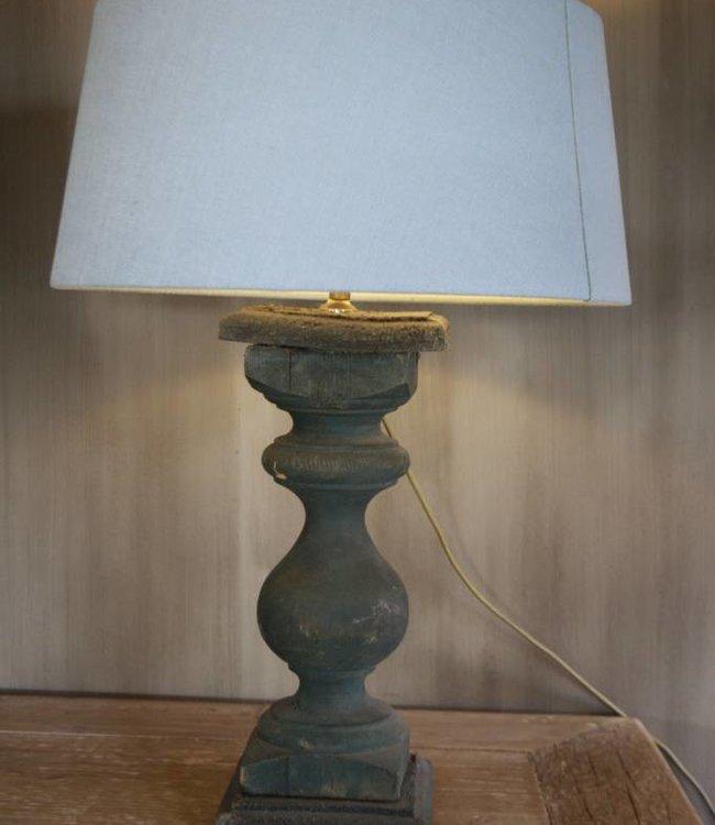 Oud houten tafellamp + kap 57 cm