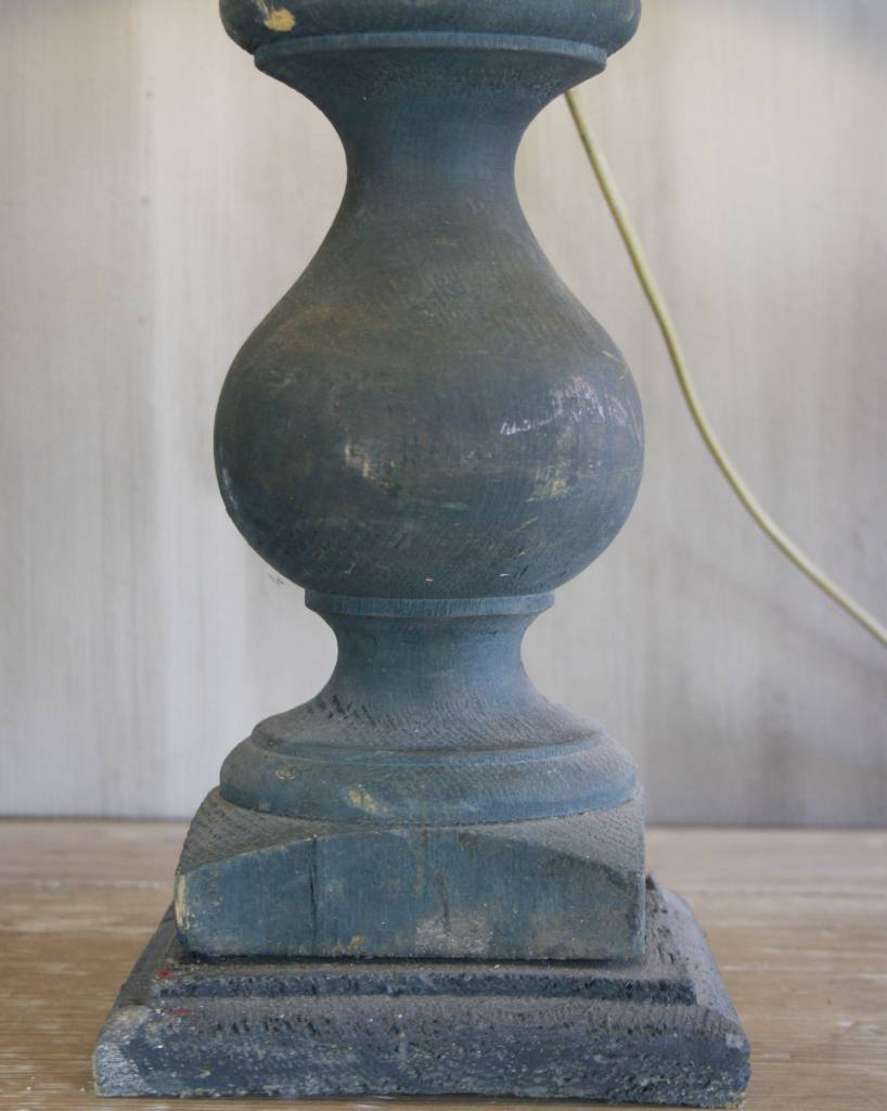 Oud houten tafellamp-2