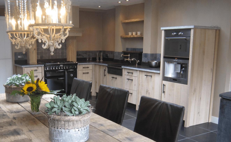Landelijke keuken - belgisch hardsteen - landelijke keuken overijssel - landelijk wonen - robuuste keuken