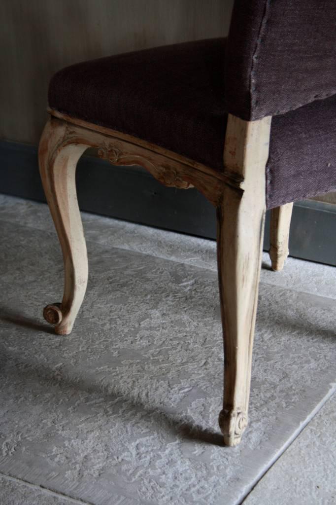 Barok stoeltje met paars linnen-4