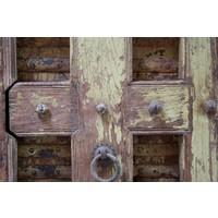 Robuust oud dressoir India met deurtjes