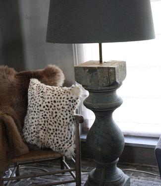 *Verkocht Baluster vloerlamp oud hout PTMD 144 cm