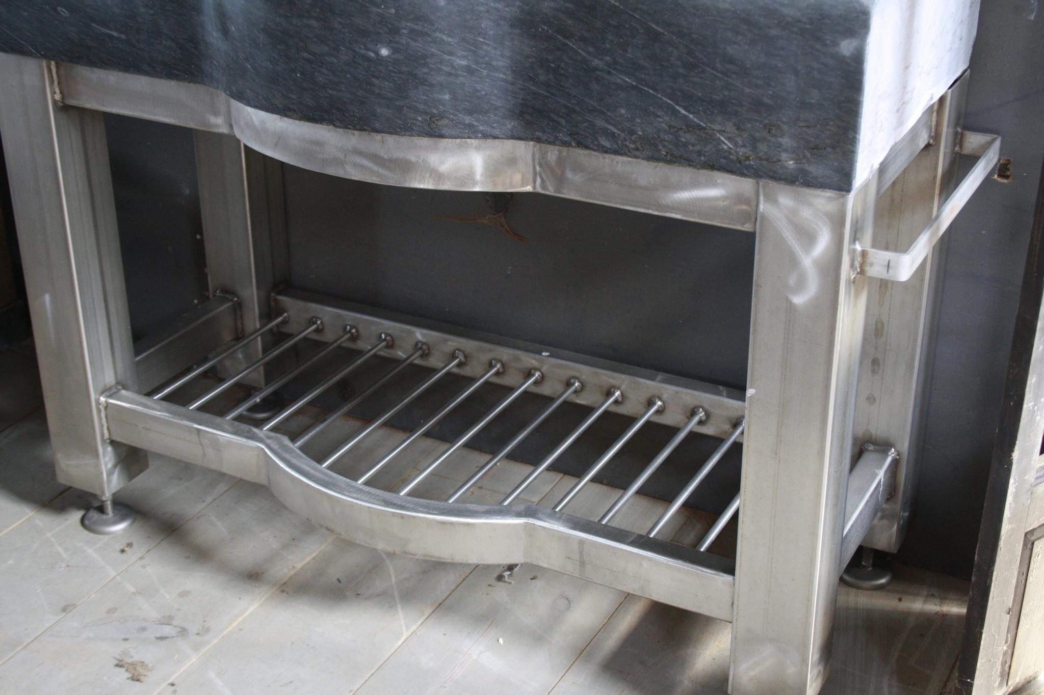 Badkamermeubel RVS + Belgisch hardstenen blad 130 cm-6