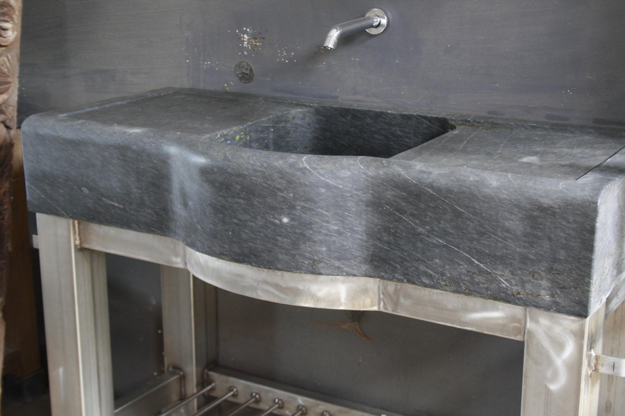 Badkamermeubel RVS + Belgisch hardstenen blad 130 cm-2