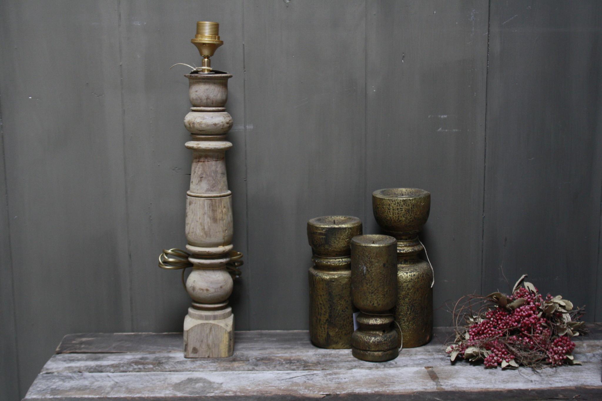 Aura peeperkorn oud houten baluster lamp 60 cm-2