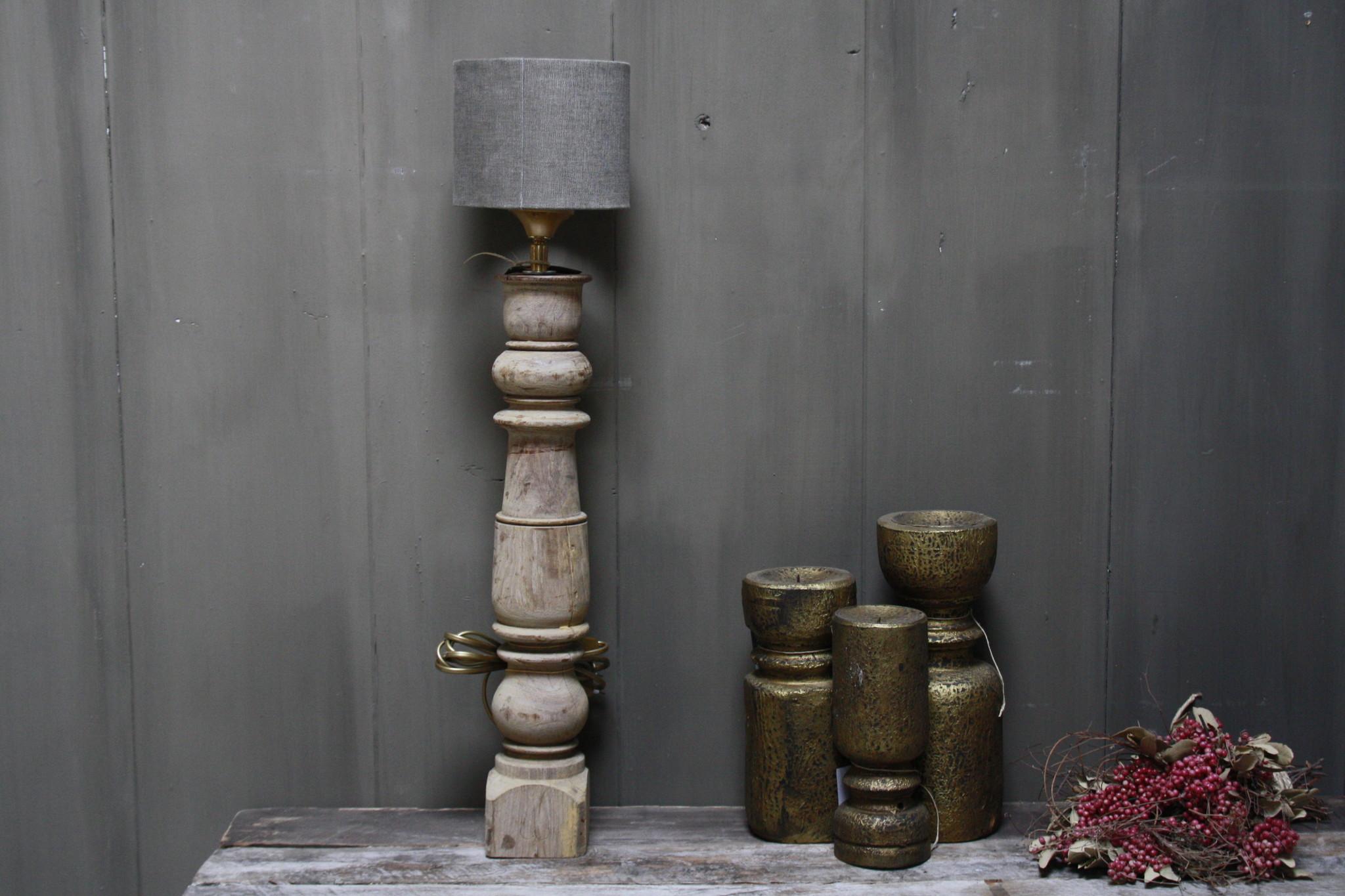 Aura peeperkorn oud houten baluster lamp 60 cm-1