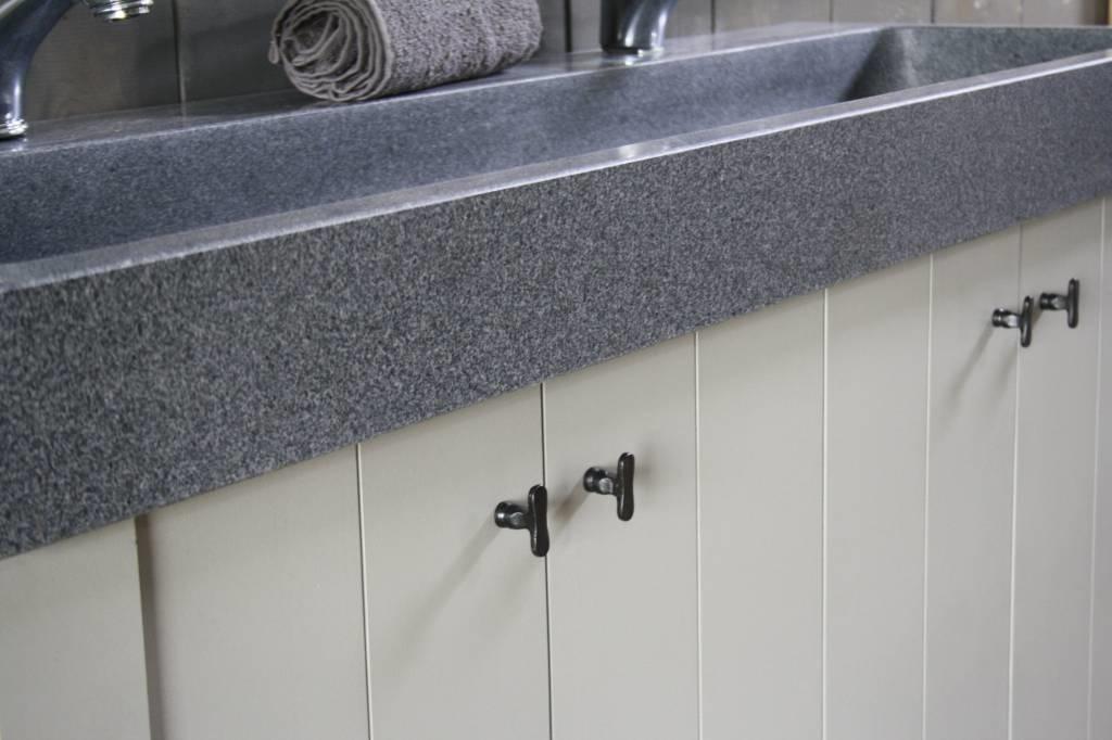 Granieten wastafel 140 cm met 2 kraangaten-7