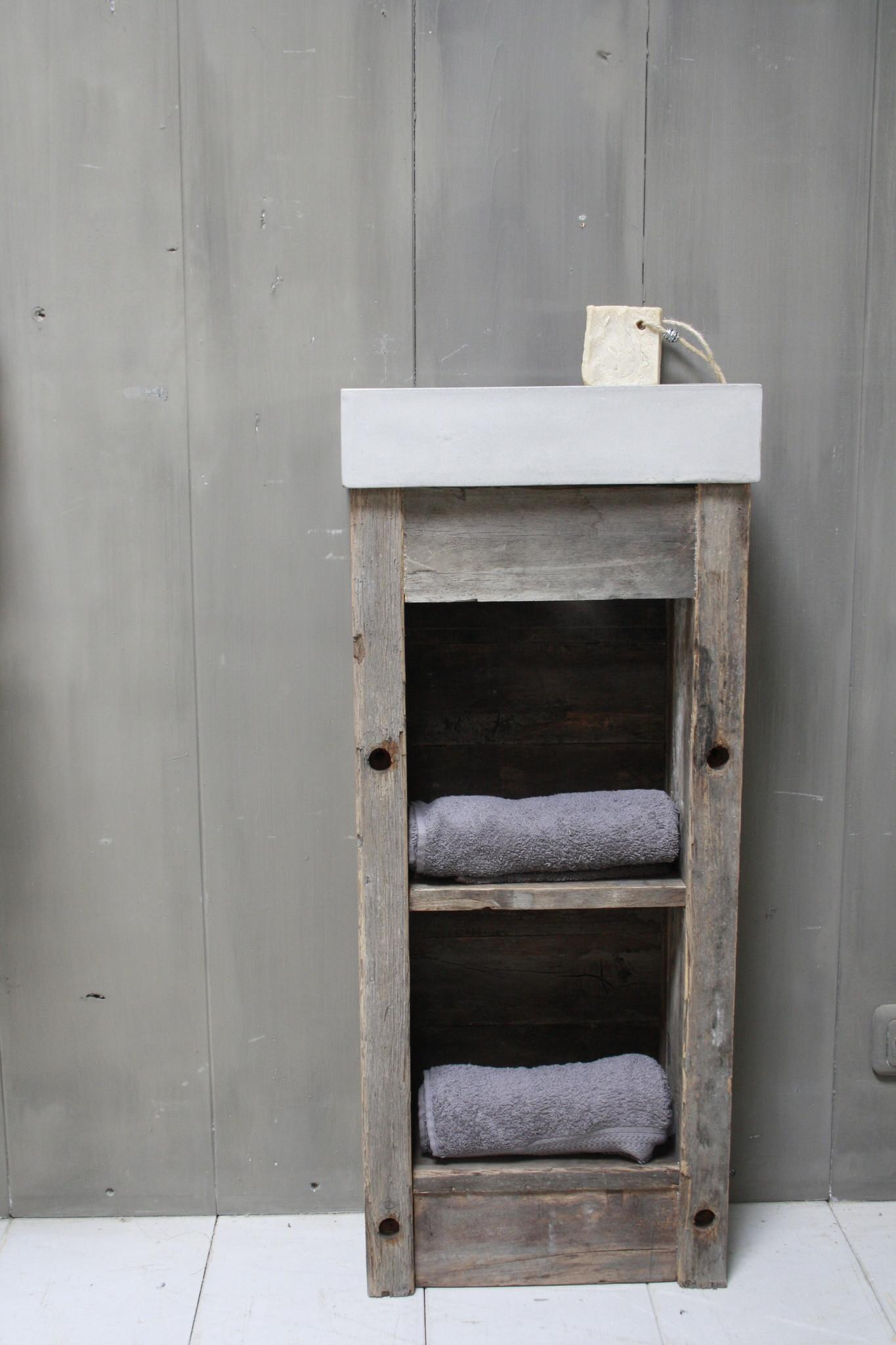 Toiletmeubel oud hout met betonbak  90 cm light grey-1