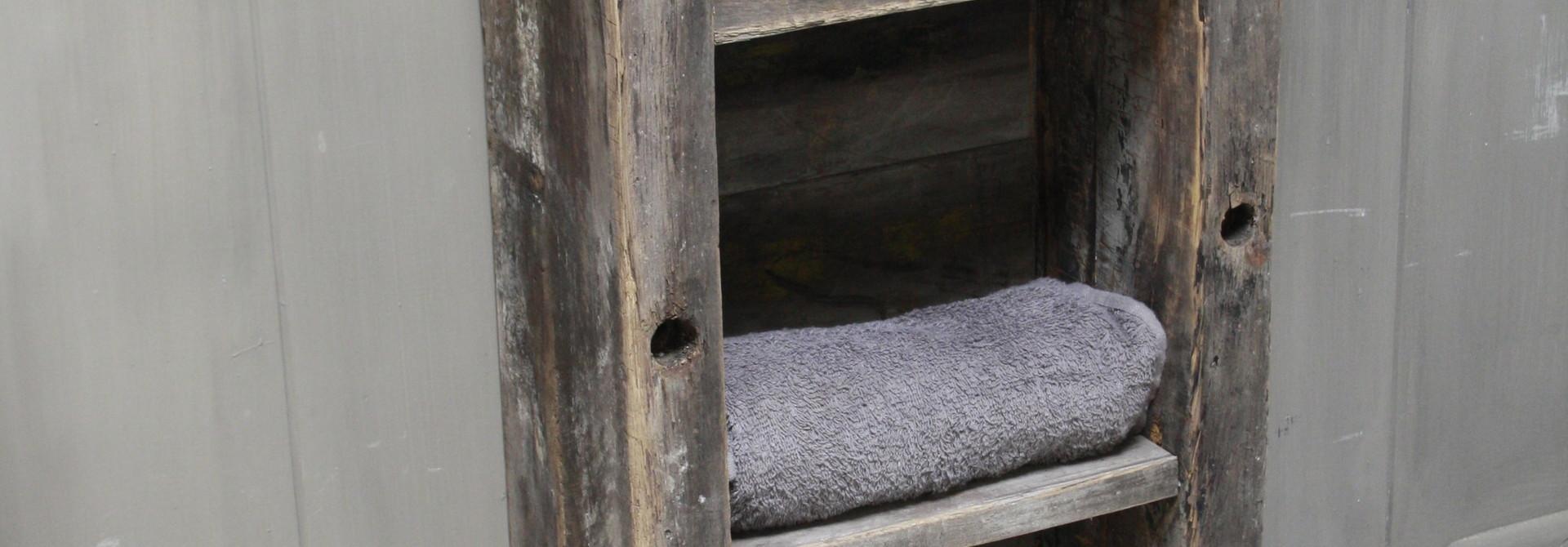 Toiletmeubel oud hout met betonbak 90 cm dark grey