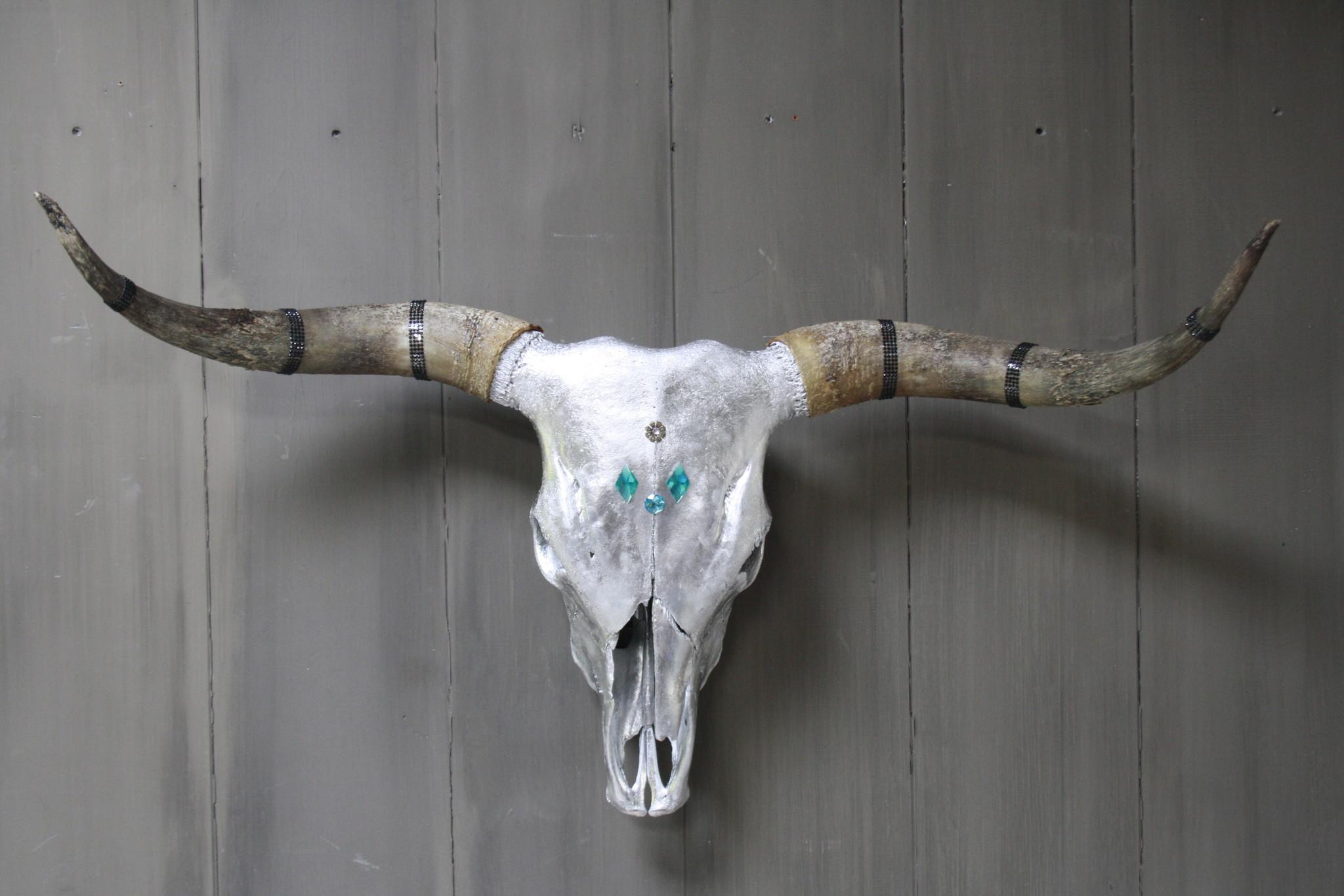 Longhorn Schedel Zilver Met Hoorns 100 x 43 cm - Copy-1