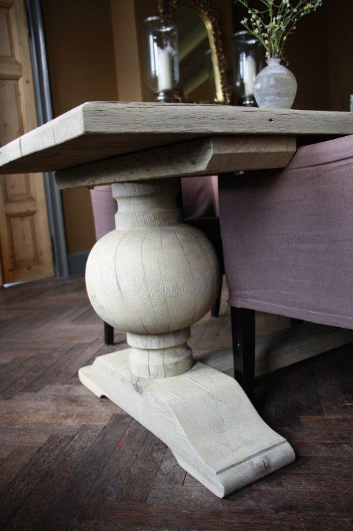 Eettafel oud eikenhout met bolpoot Tense 280 x 90 cm-4