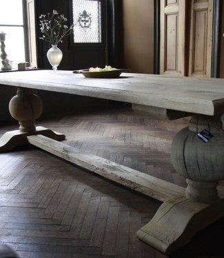 Eettafel oud eikenhout met bolpoot Tense 280 x 90 cm
