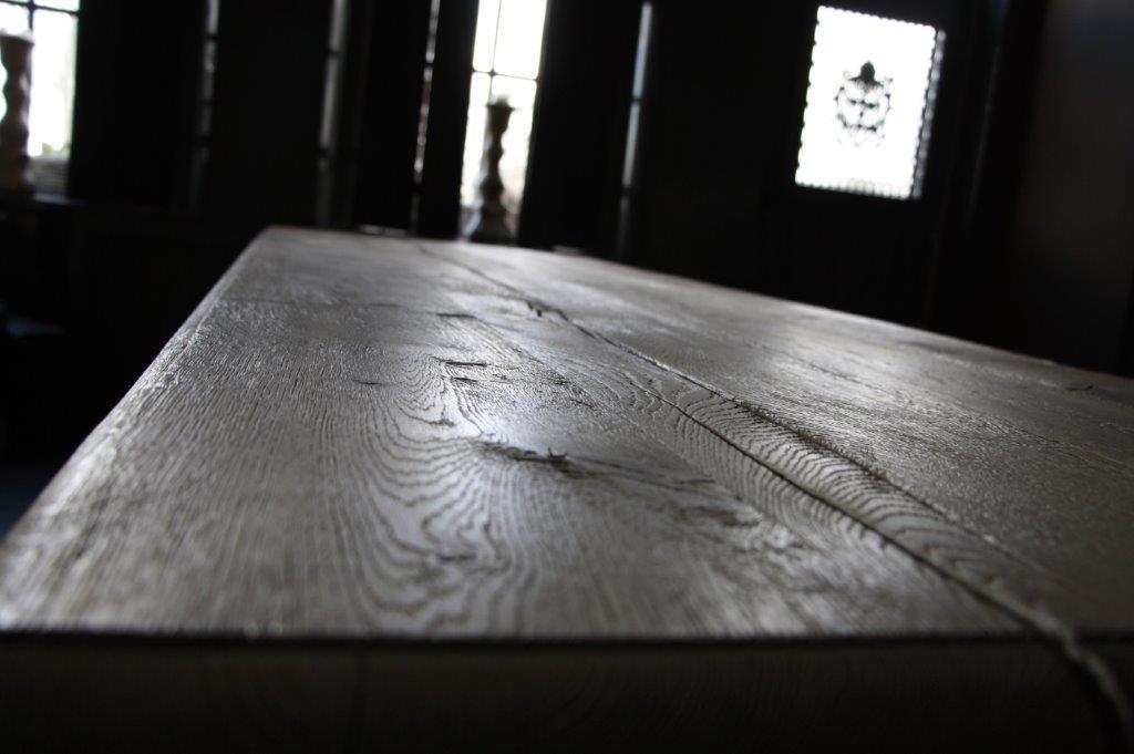 Eettafel oud eikenhout met bolpoot Tense 280 x 90 cm-7