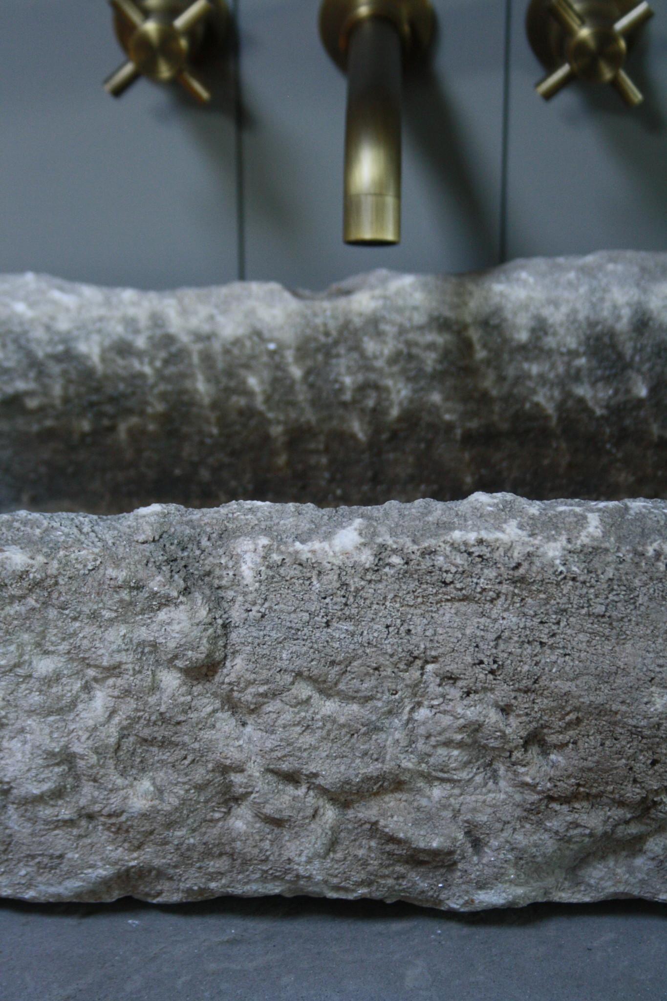 Badkamermeubelset oud eikenhout met stenen trog en complete pompstraat-8
