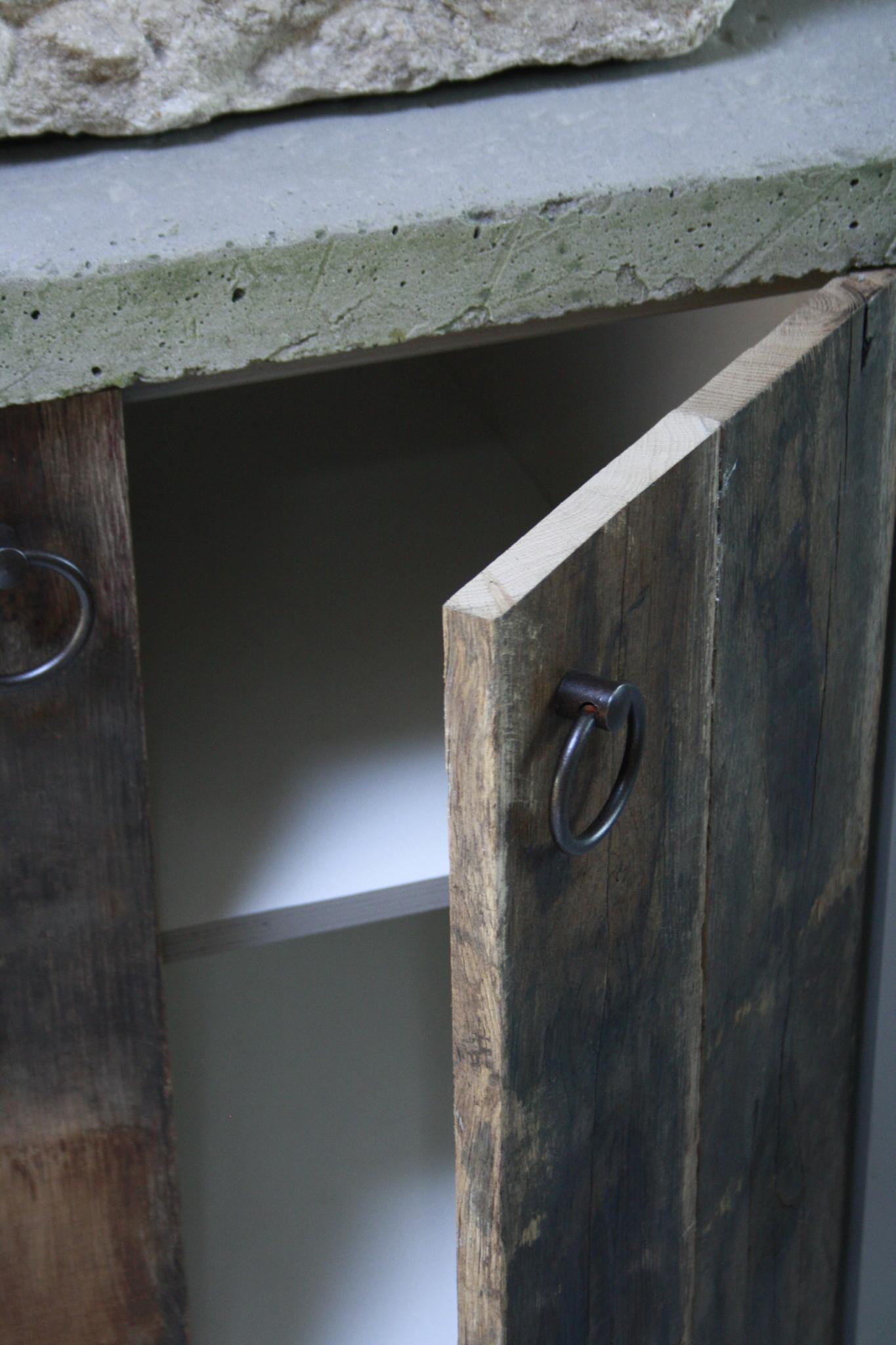 Badkamermeubelset oud eikenhout met stenen trog en complete pompstraat-6