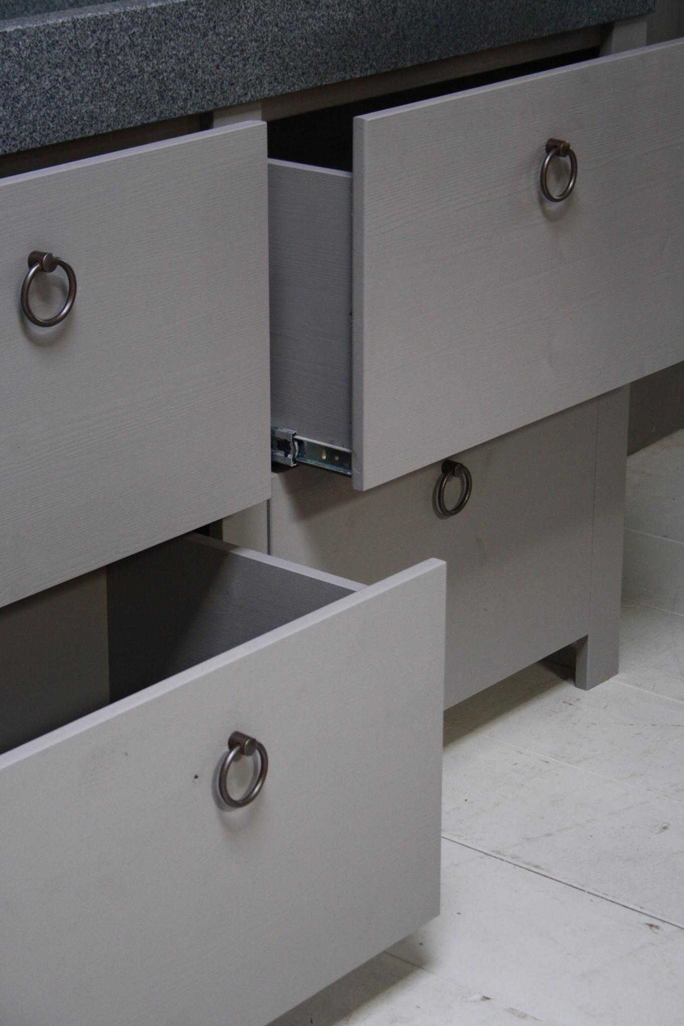Landelijk badkamermeubel grijs 140 cm met 4 lades en dubbele spoelbak-5