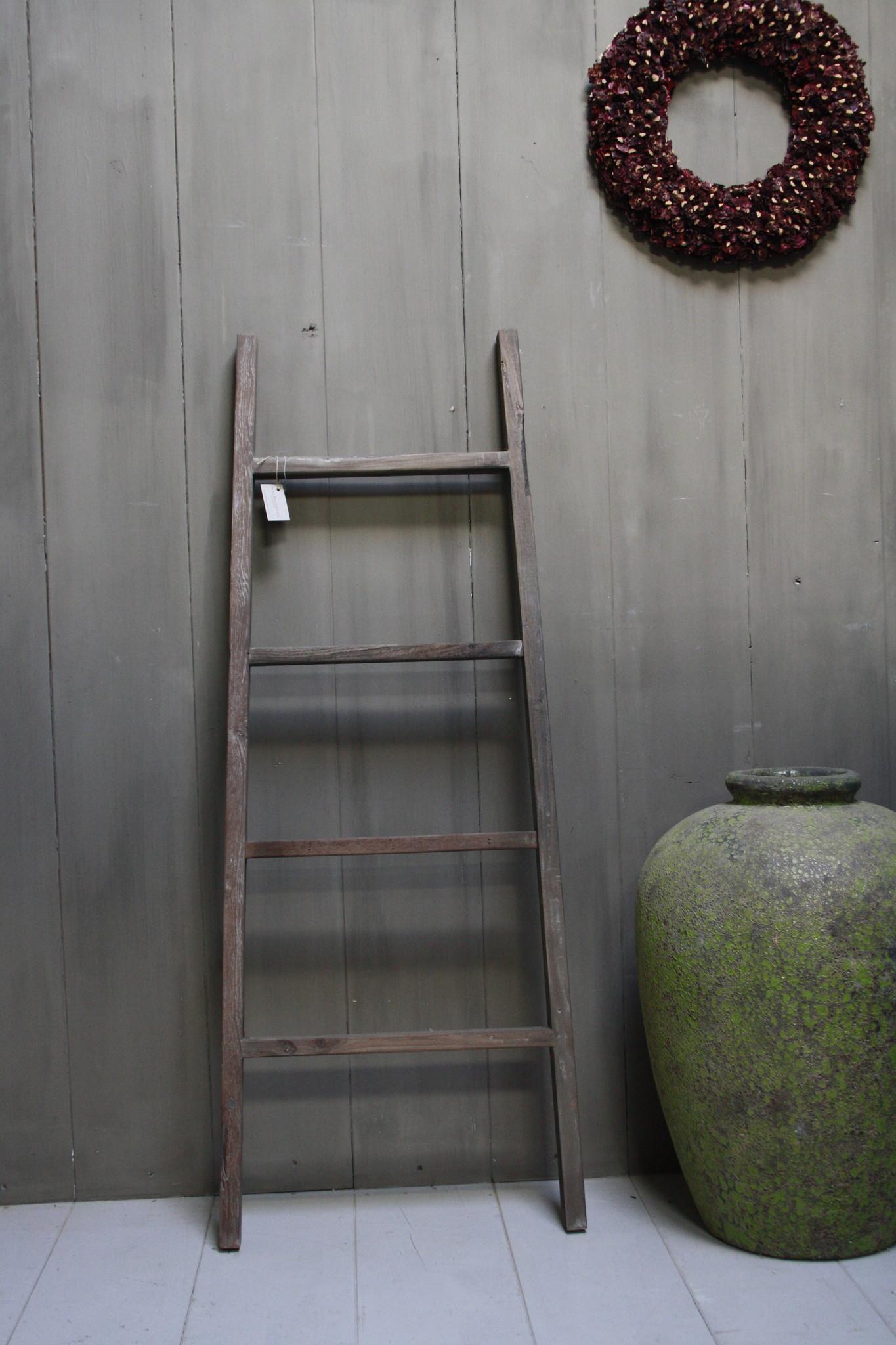 Oud houten ladder 1  Aura Peeperkorn 140 cm-1