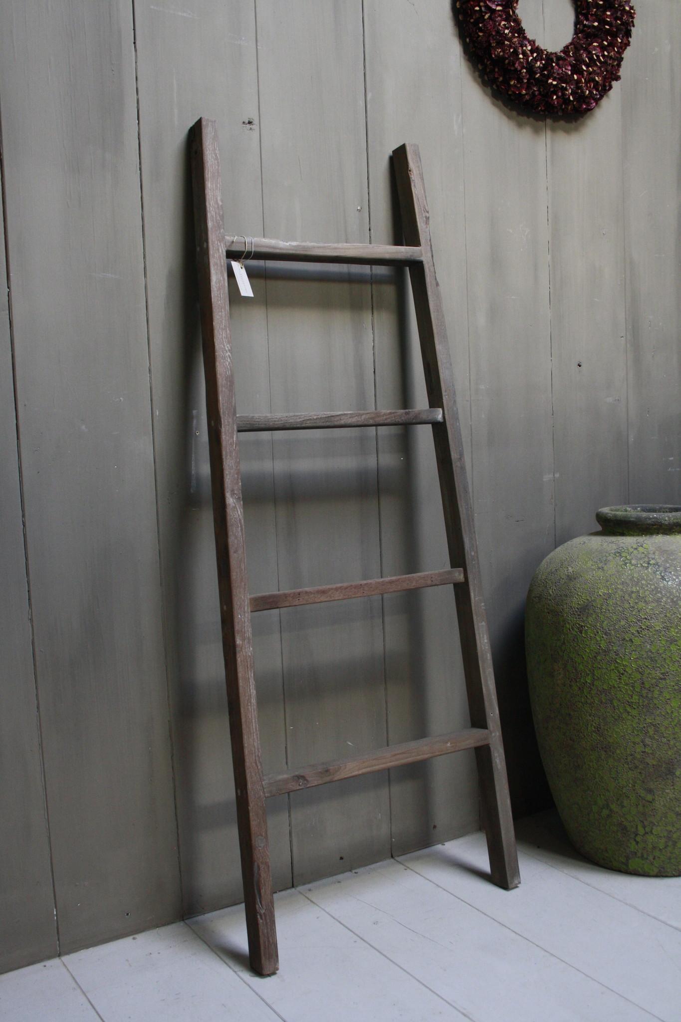 Oud houten ladder 1  Aura Peeperkorn 140 cm-2