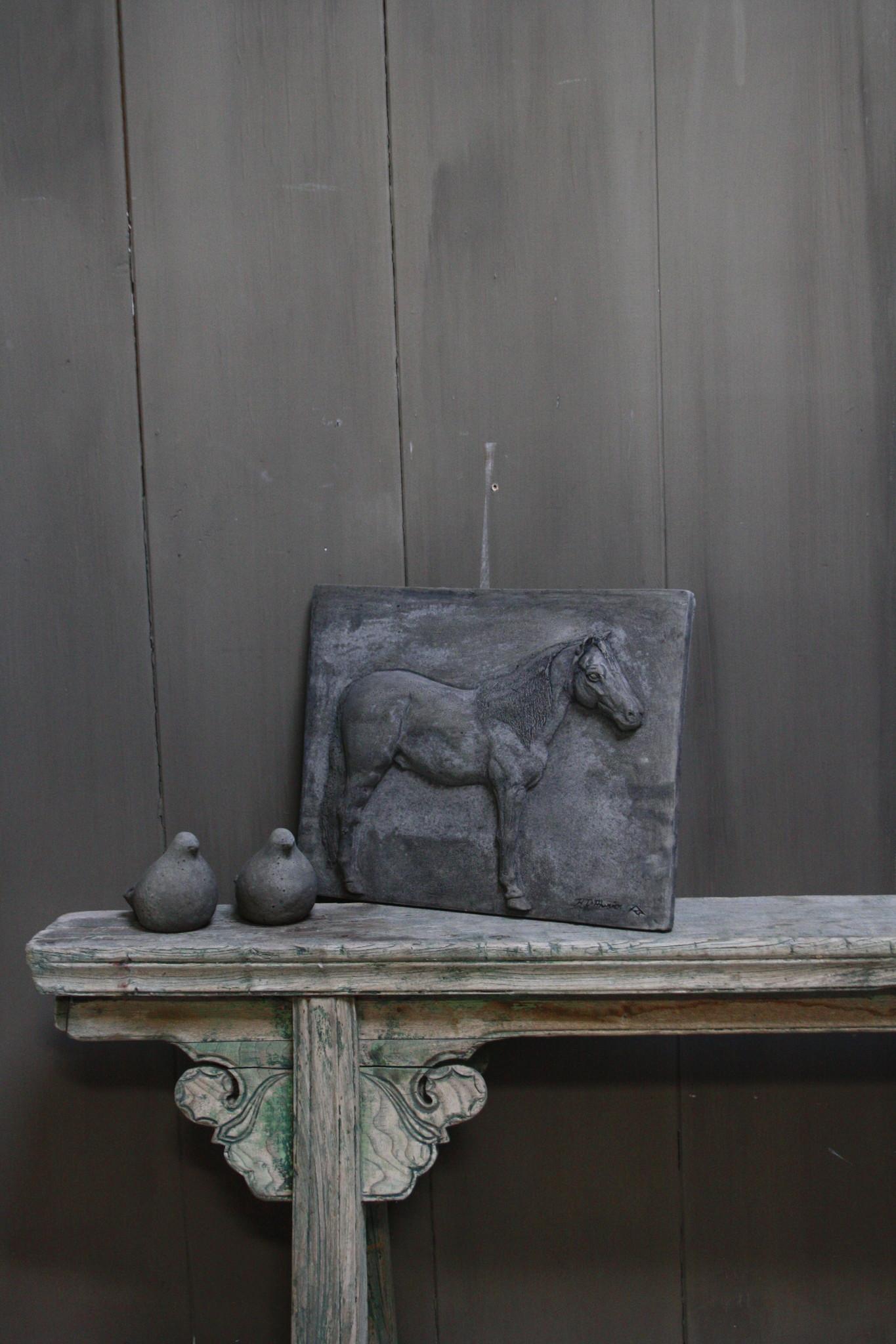 Wandpaneel/lijst Aura Peeperkorn beton met paard 36 cm-2