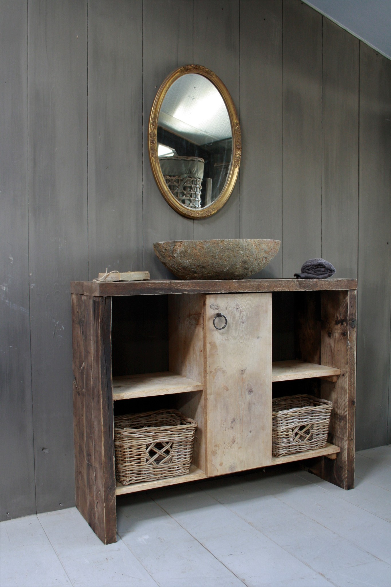 Oud houten badkamermeubel/Sidetable Kelsey 110 cm-1
