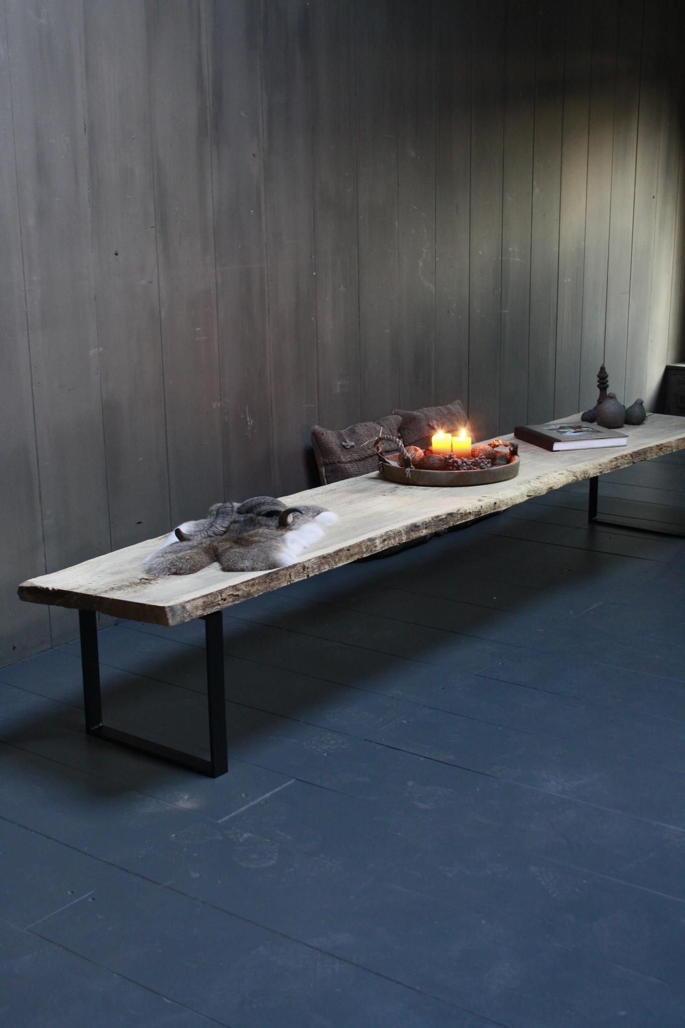 Oud eikenhouten salontafel 250 cm ijzeren onderstel-1
