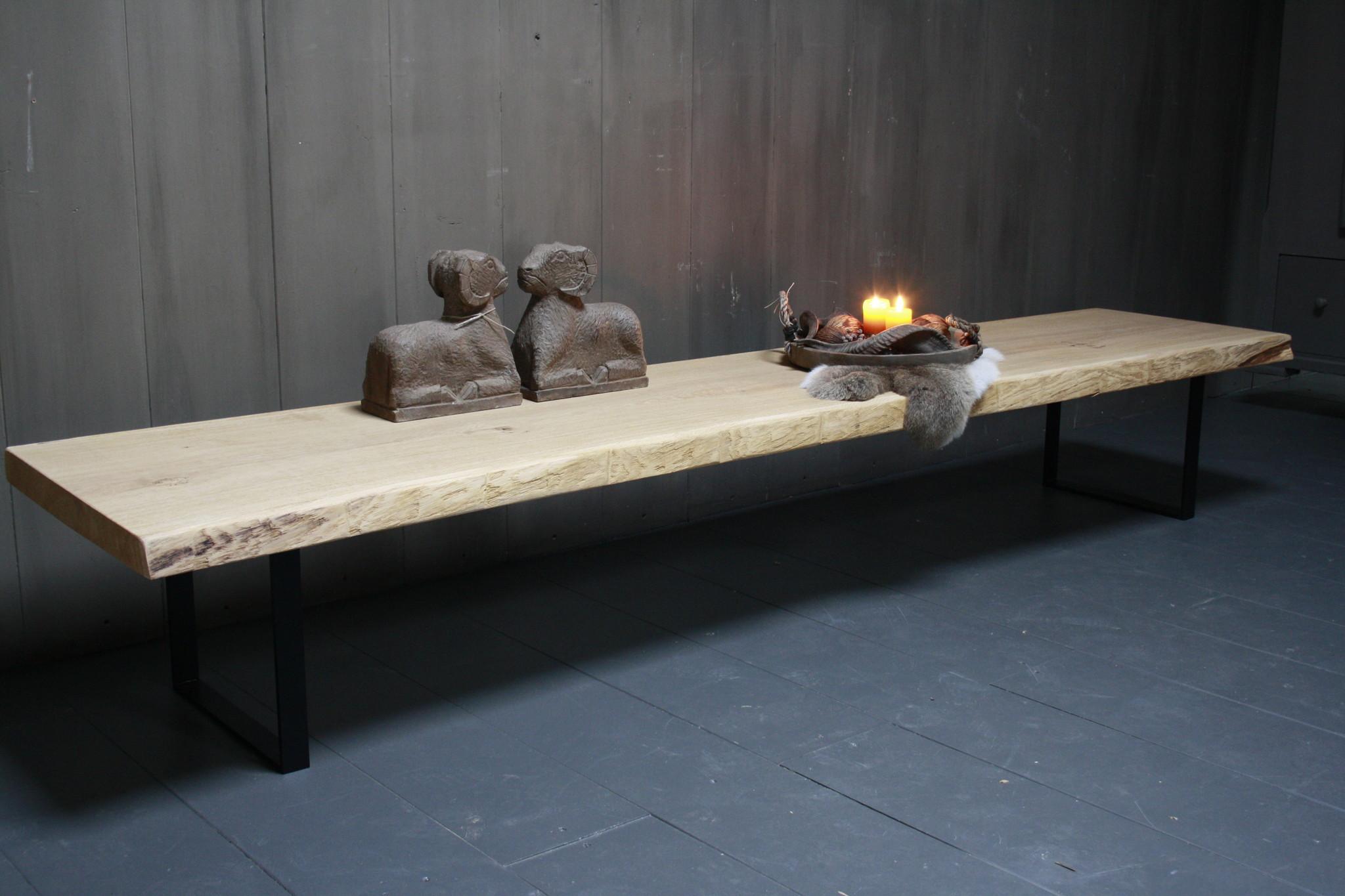 Eikenhouten salontafel met ijzeren onderstel 250 cm-2