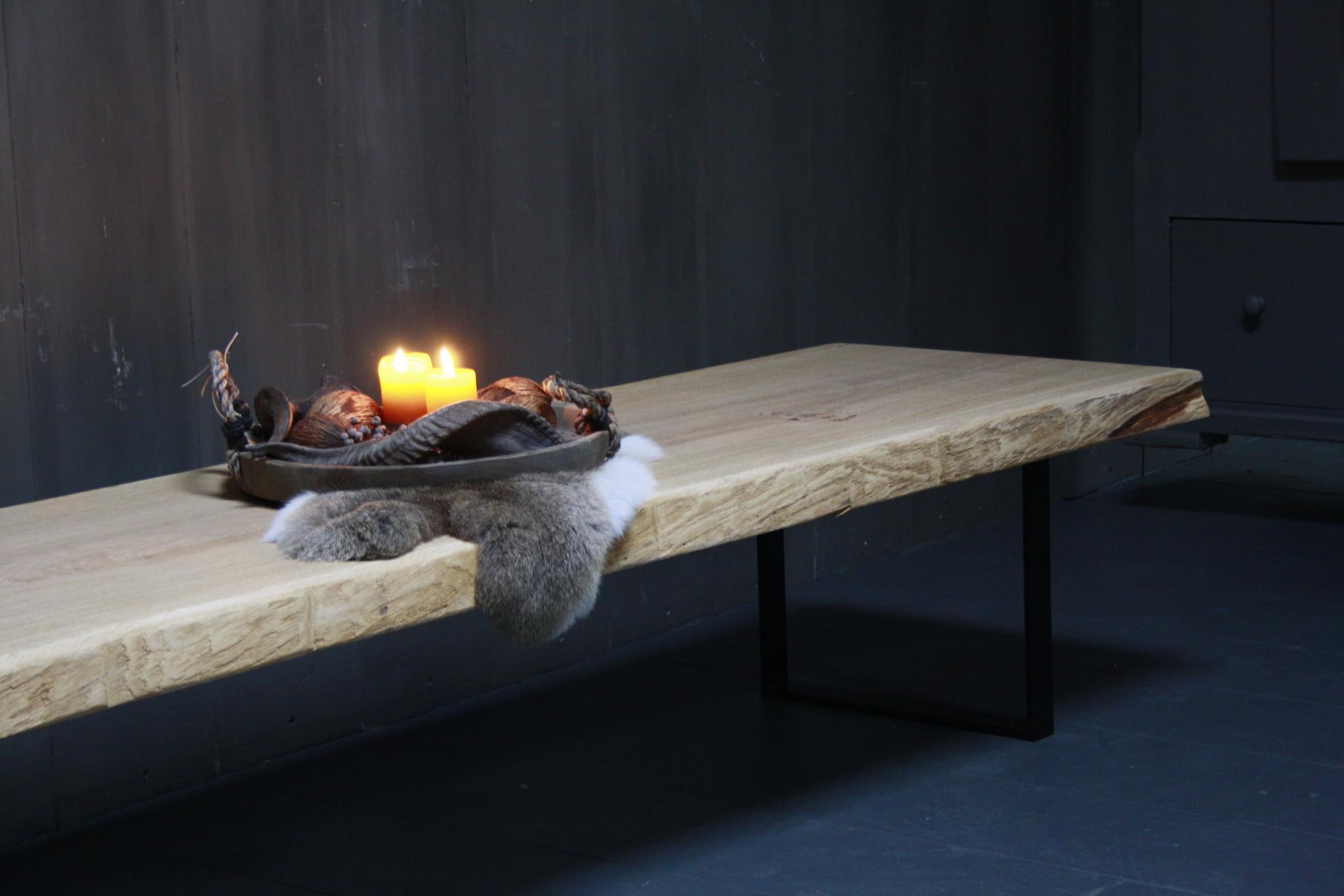Eikenhouten salontafel met ijzeren onderstel 250 cm-4
