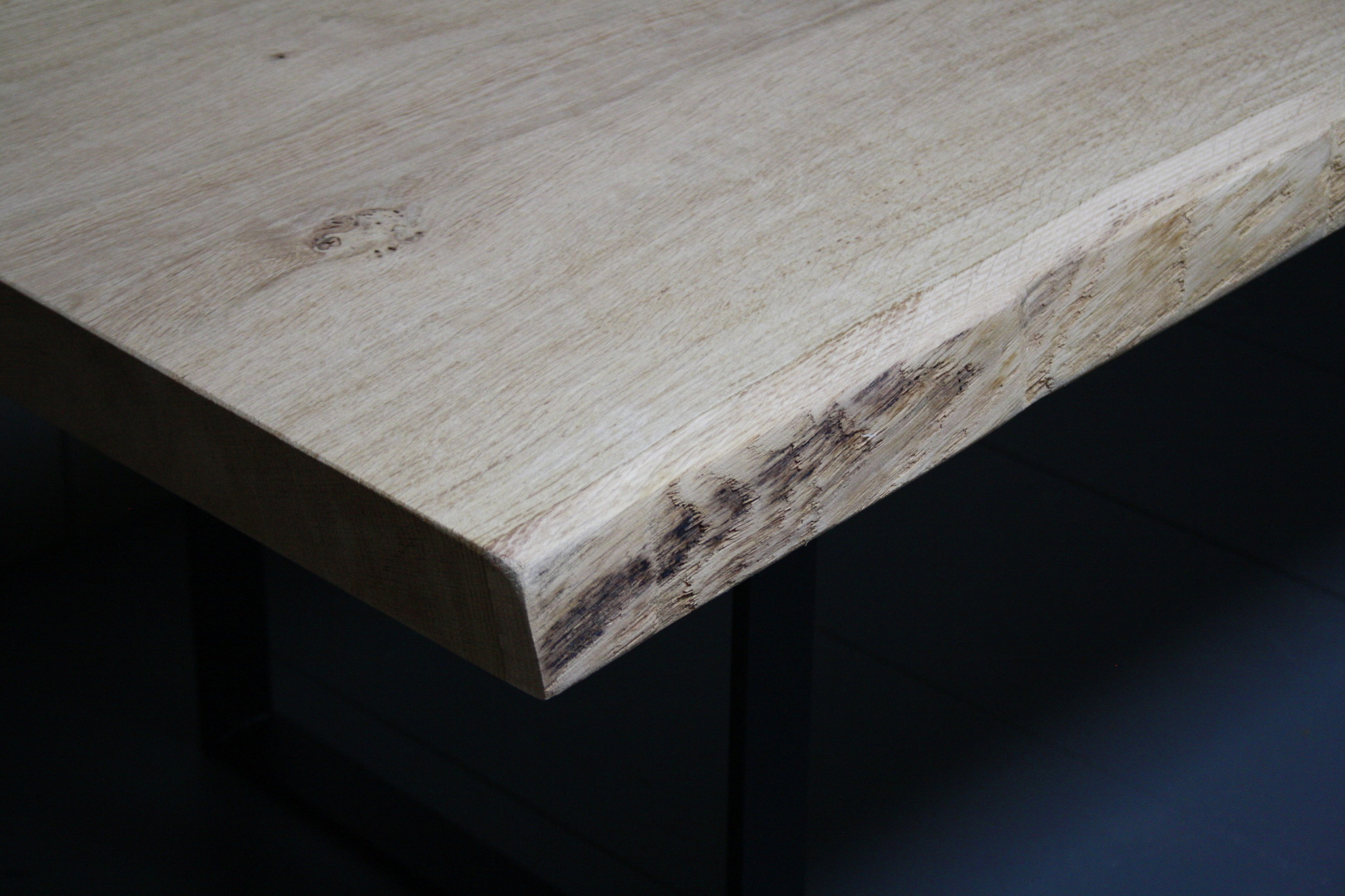 Eikenhouten salontafel met ijzeren onderstel 250 cm-7