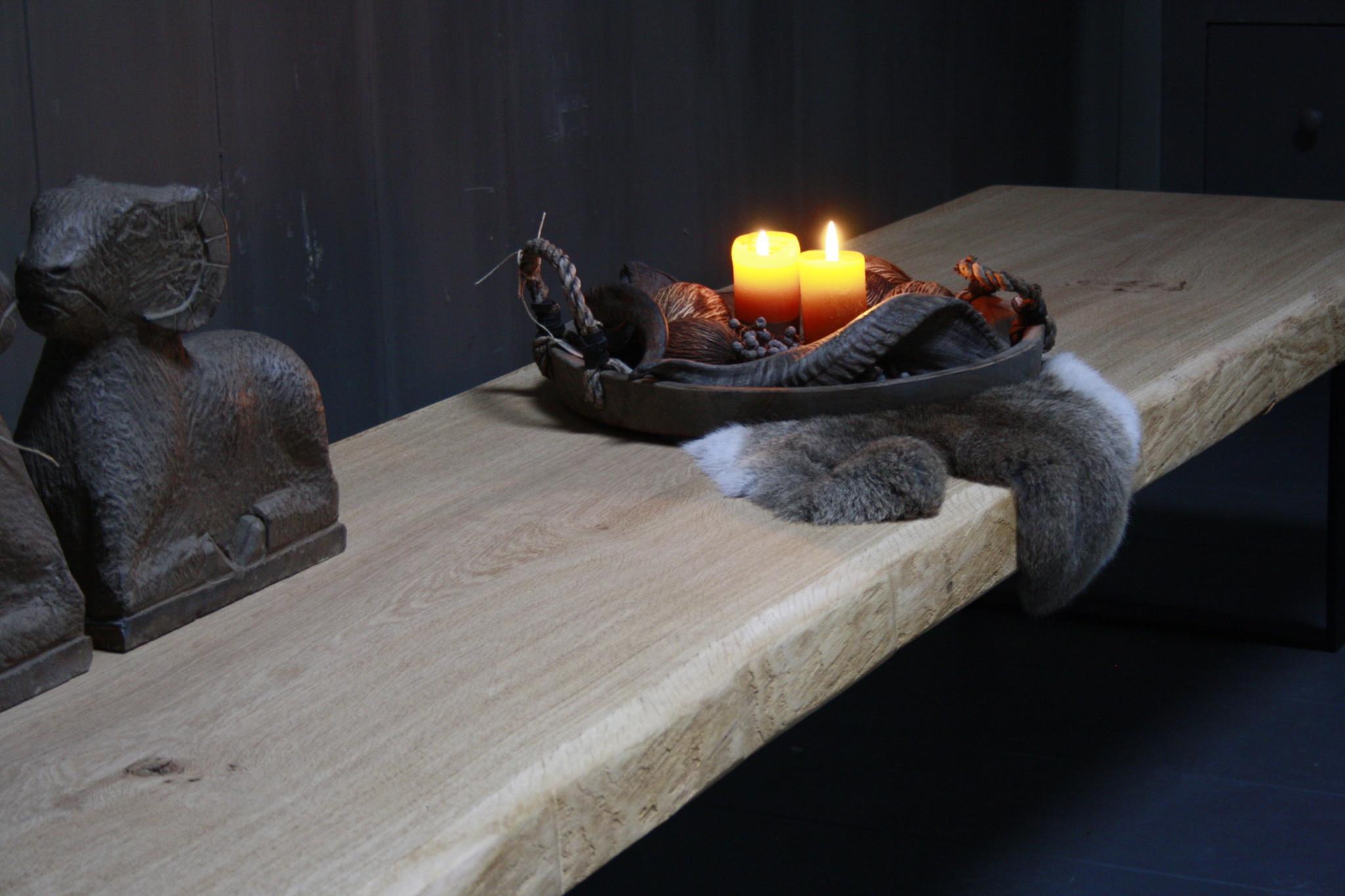 Eikenhouten salontafel met ijzeren onderstel 250 cm-8