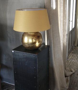 Goudkleurige tafellamp met warmkleurige kap 55 cm