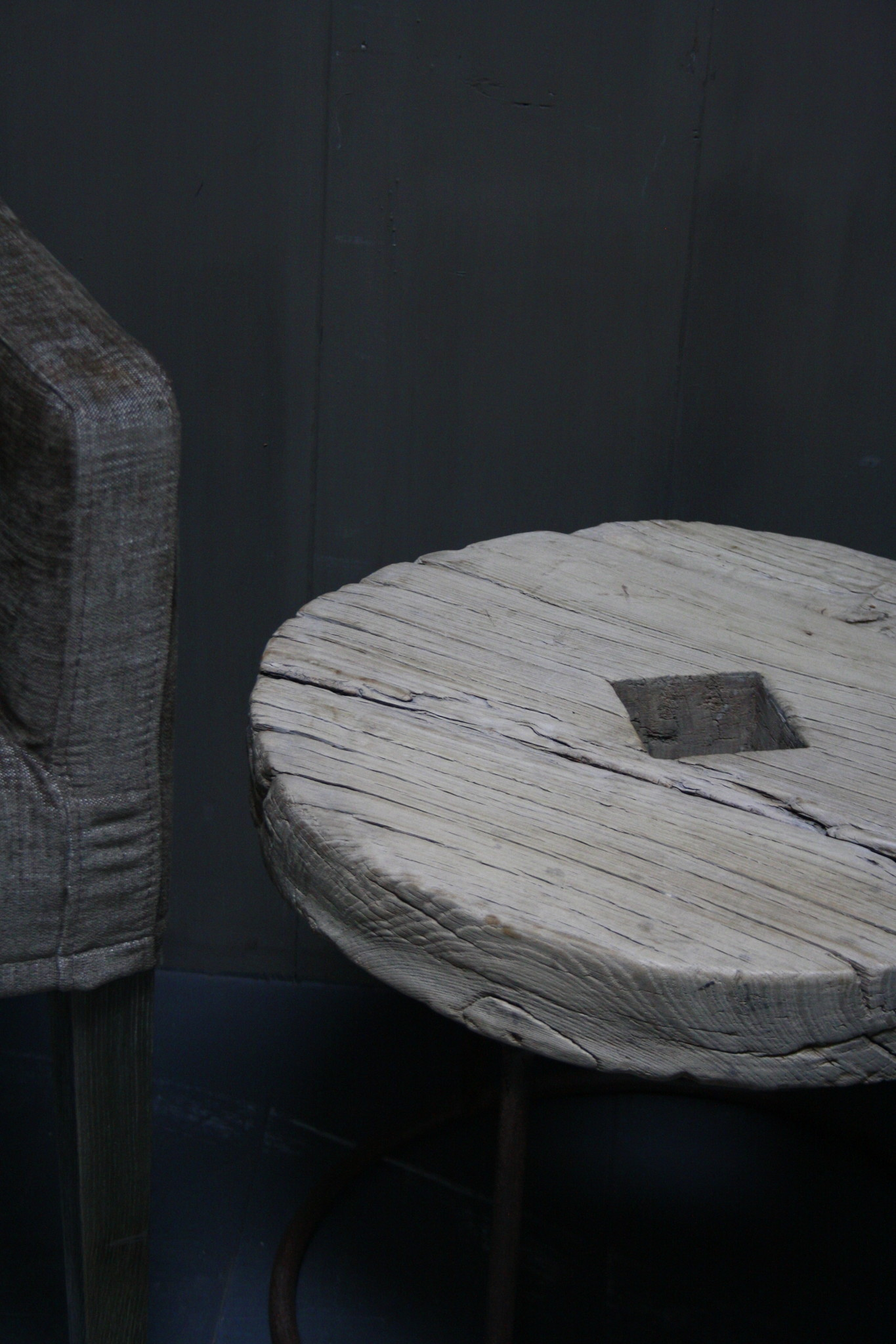 Salontafel/bijzettafel oud houten wiel India 50 cm-4
