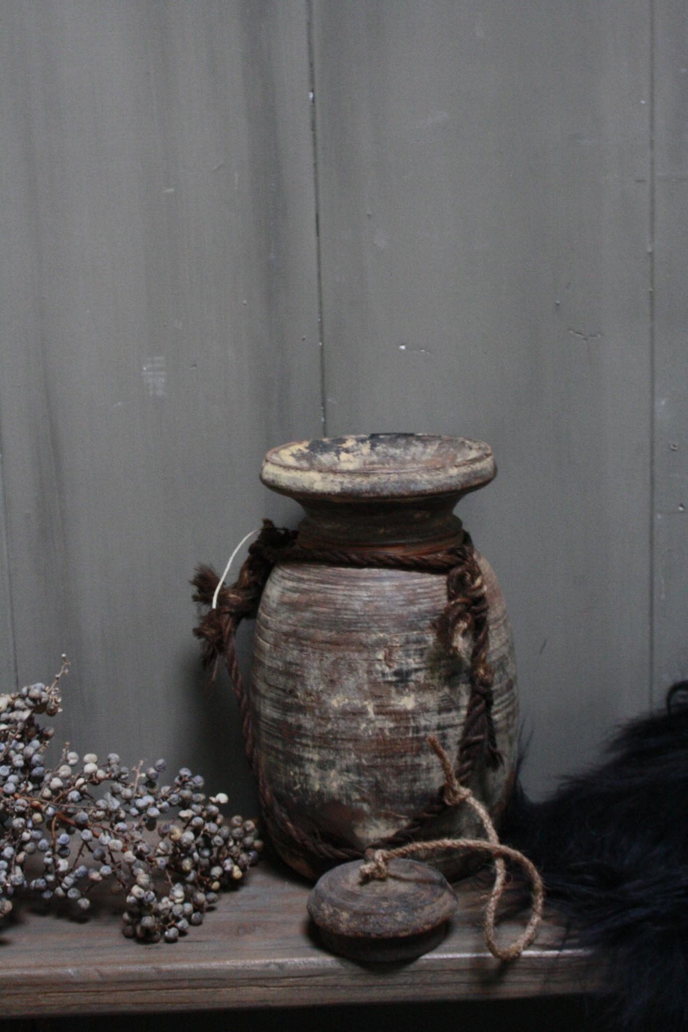 Oud Houten Kruik Nepal - Wooden Nepal Pot 28 cm-3