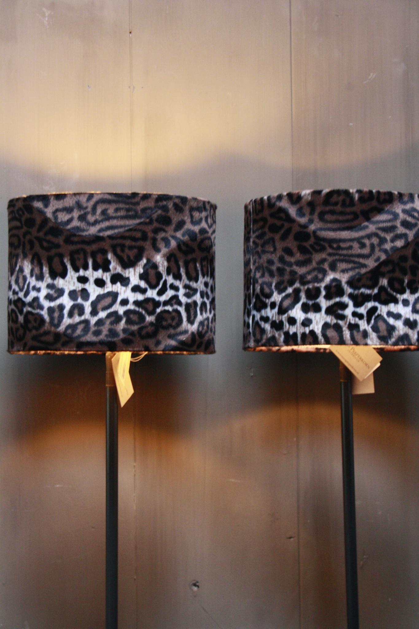 Vloerlamp 120 cm velvet luipaard/panterprint + natuurstenen voet-2