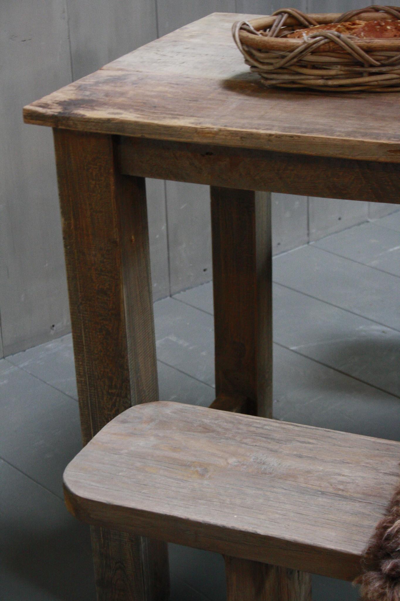Oud houten eetkamer set met 2 houten bankjes-7