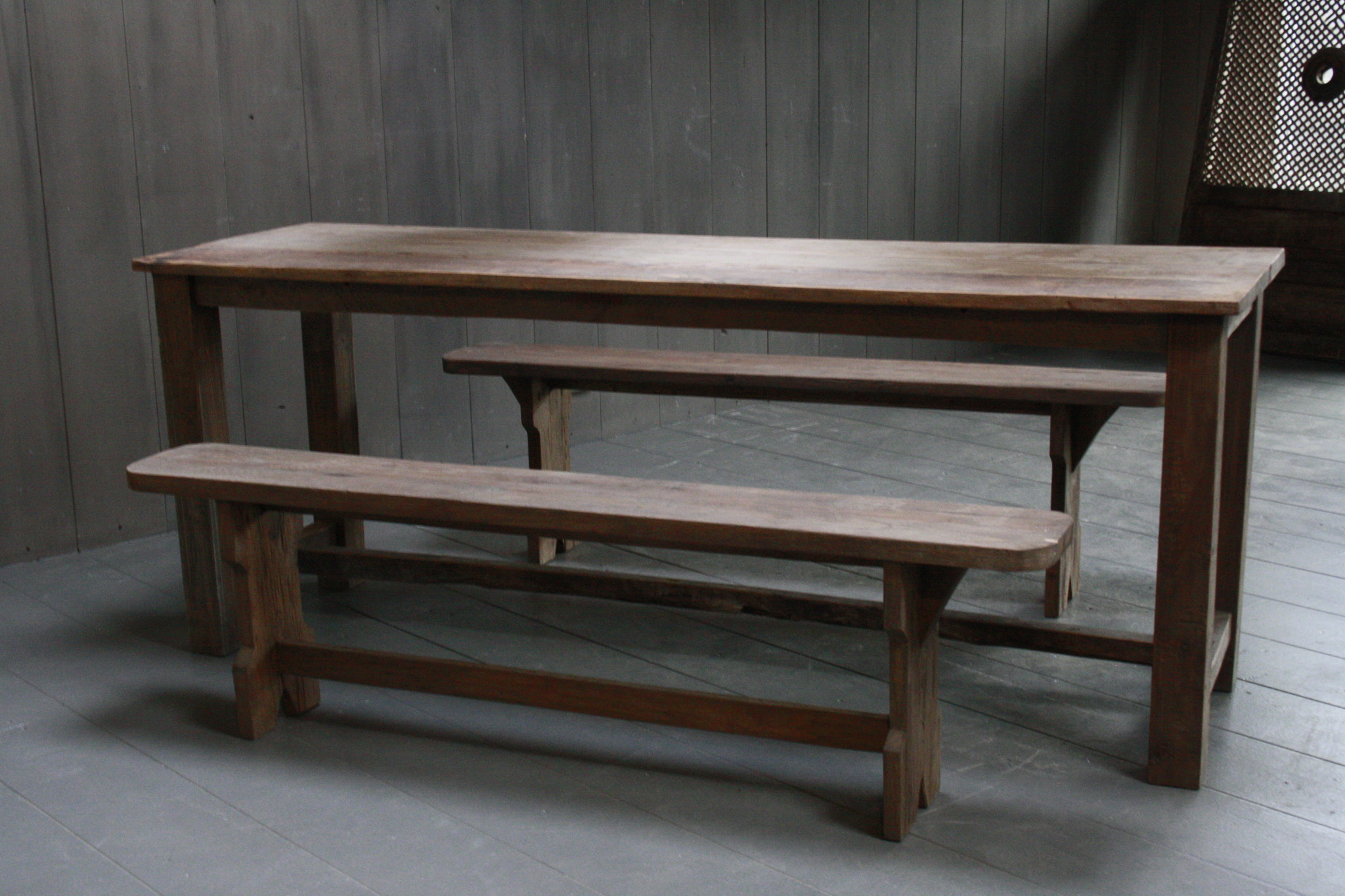 Oud houten eetkamer set met 2 houten bankjes-10