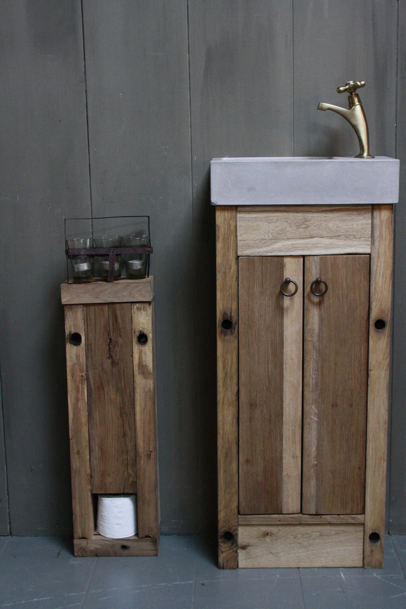 Oud eikenhouten toiletrol kastje licht geschaafd 64 cm-1