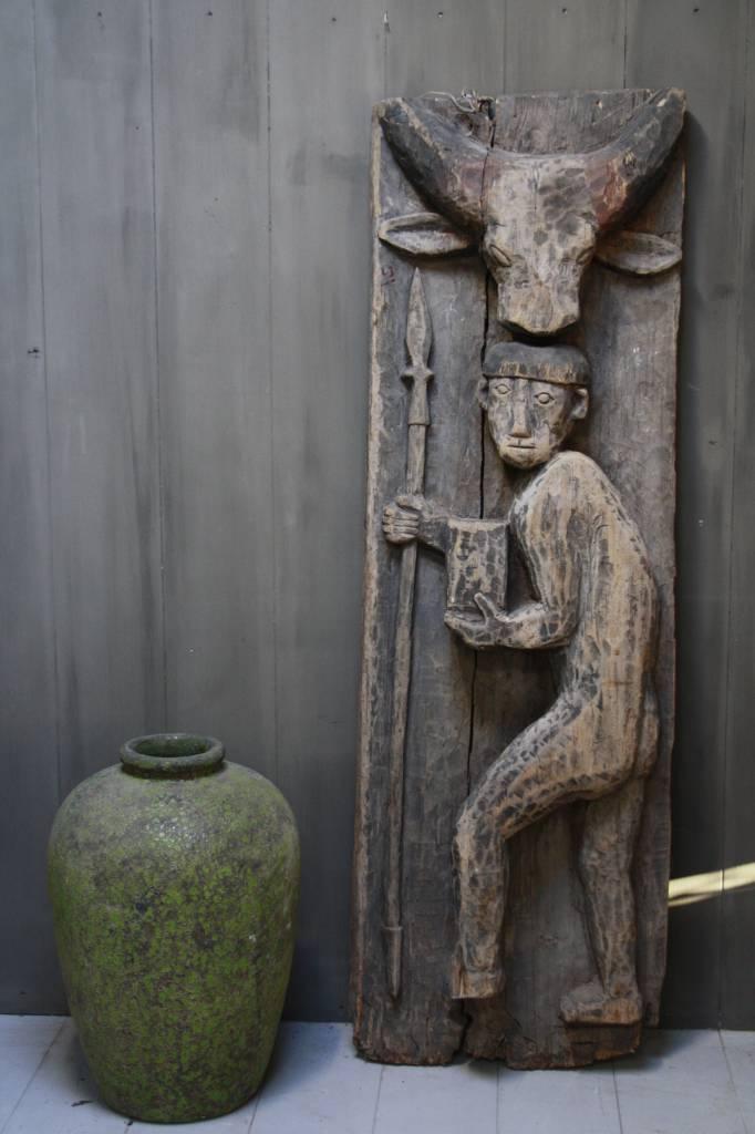 Oud houten Indisch paneel man + koe 186 x 60 x 20 cm --1