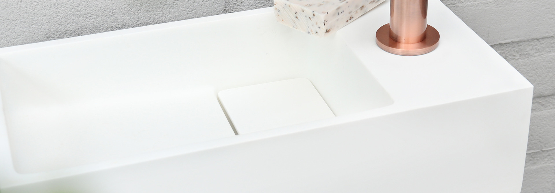 Solid fontein – Solid surface 18,5 x 36 x 9 cm